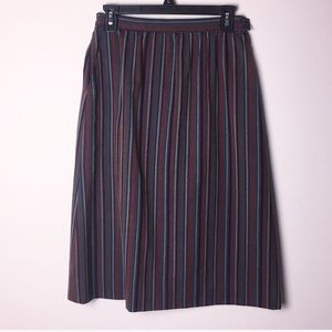 Pendleton 100% wool striped skirt. Size 10 pockets